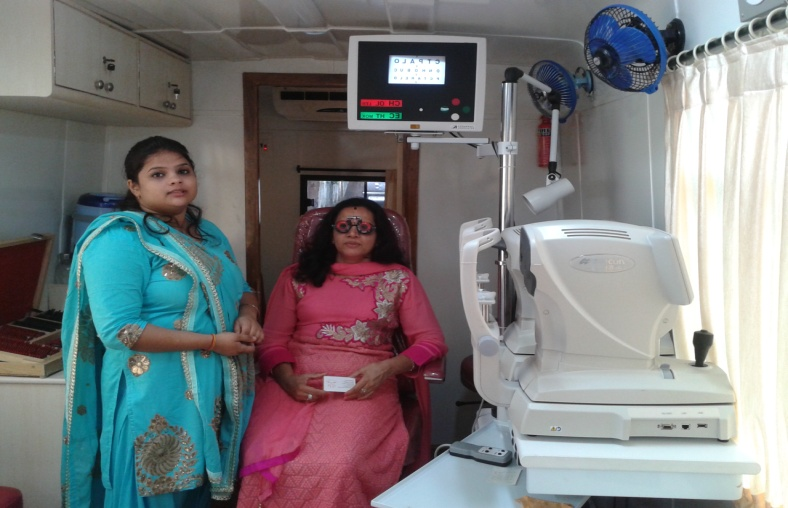 Fifth Mobile Eye care campaign With Vijay Khaitan Girls Hostel, Goregaon on 9th August 2015